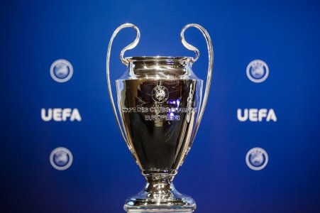 UEFA-Champions-League-Trophy-Rex.jpg