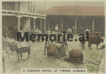 Nje-hotel-turk-ne-Tirane-1-1-640x446.jpg