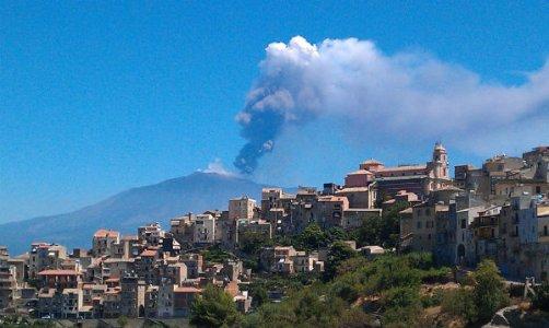 centuripe-eruzione-etna.jpg