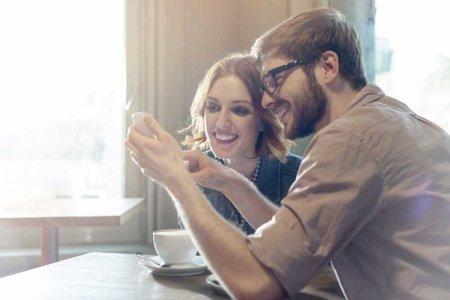 Happy-Couple-app-579e5e9f3df78c32768a8cce-930x620.jpg