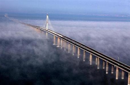 -cina-aperto-il-ponte-piu-lungo-del-mondo-L-fVLNBF.jpg