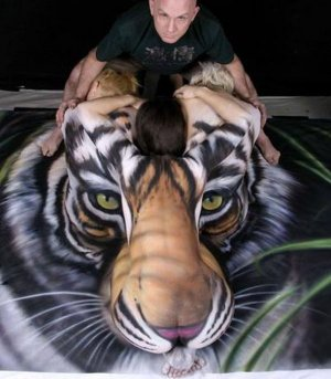 CT-with-tiger.jpg