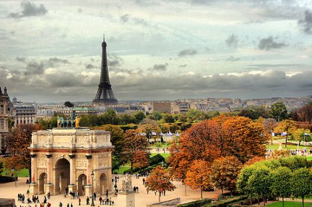 Arc-de-Triomphe_Paris-view_3003.jpg