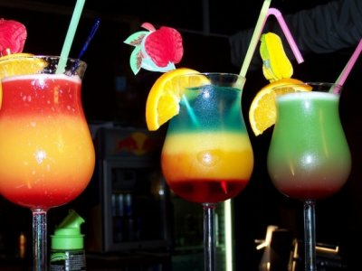 cette-idee-alcool-terrasse-boisson-fraiche-621x466.jpg