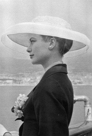 Grace Kelly.jpg
