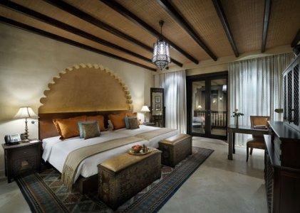Twin-Bed-Deluxe-Room-AQA_938.jpg