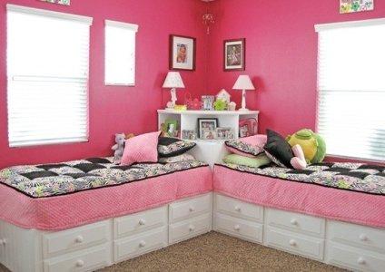 pareti-cameretta-rosa-intenso.jpg