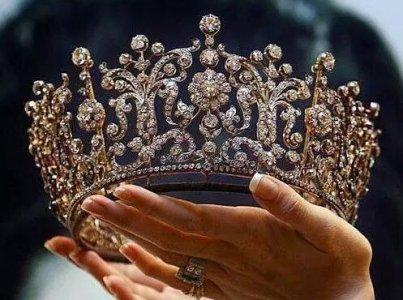 crown-diamonds-queen-Favim.com-3552107.jpg