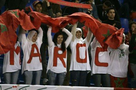 football_fans_girls_16.jpg