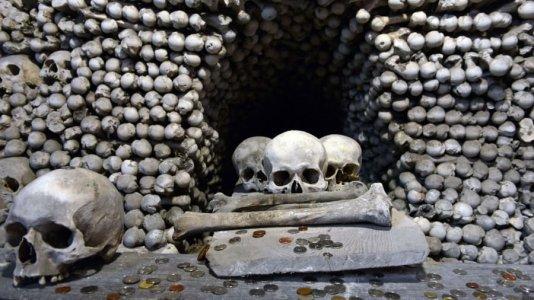 717-church-of-bones-sedlec-ossuary-getty-images2-1.jpg