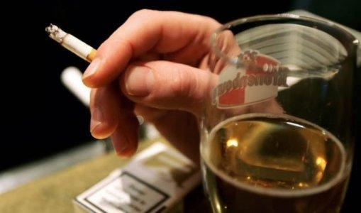 alkool-duhan-kosovaret.jpg