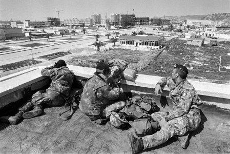 Italian-Soldiers-Vlora.jpg