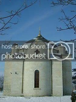 250px-Churchoftheassumptionuzundzhovo.jpg