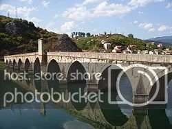 250px-Visegrad_Drina_Bridge_1.jpg