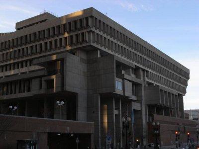 800px-Boston_City_Hall_2008.jpg