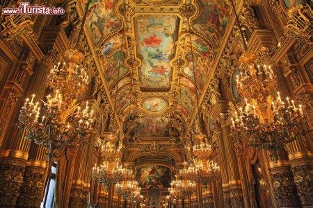 interno_dell_opera_garnier_di_parigi.jpg