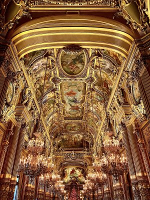 palais-garnier-behind-the-scenes-tour-grand-foyer-featured.jpeg